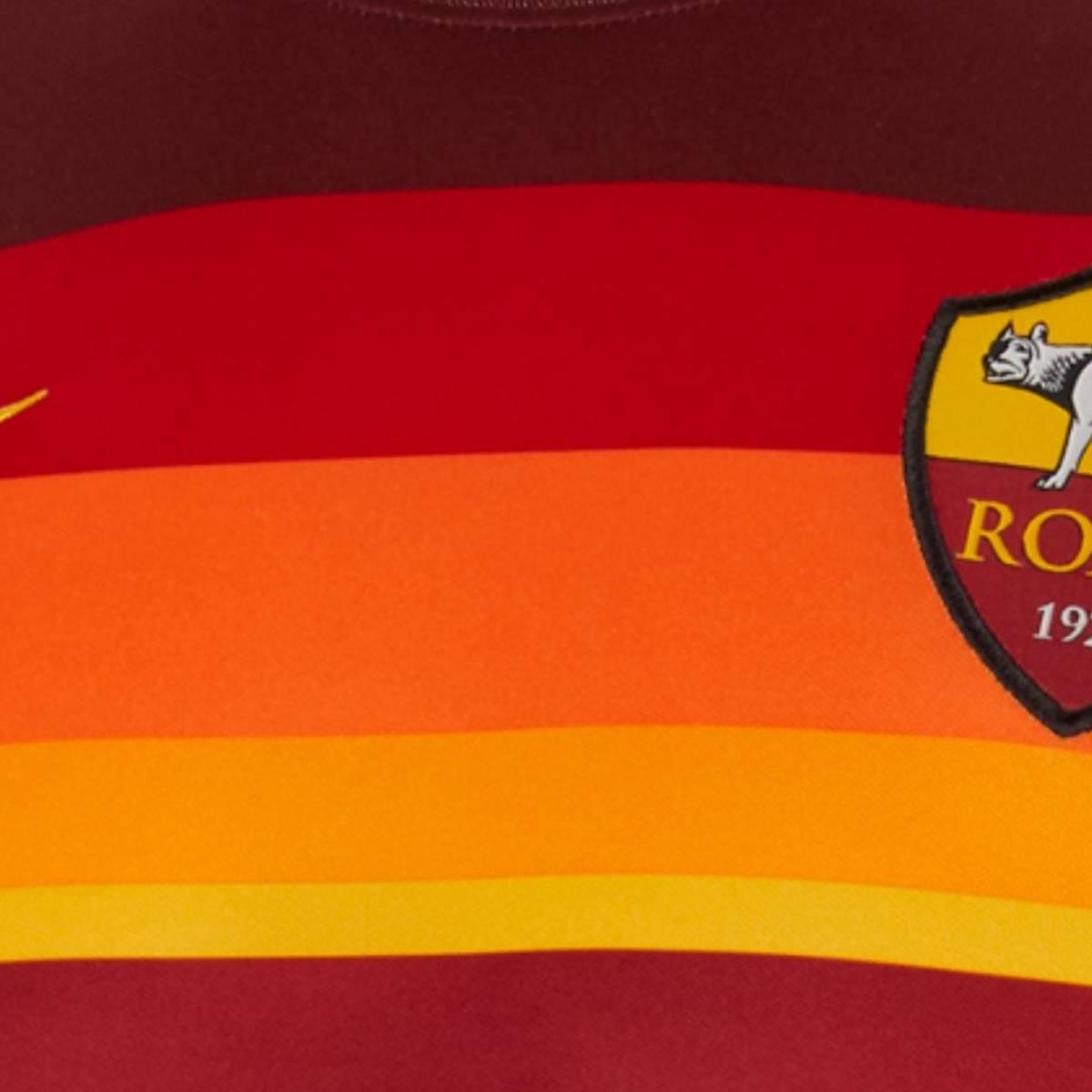 L'AS Rome dévoile son surprenant nouveau maillot domicile