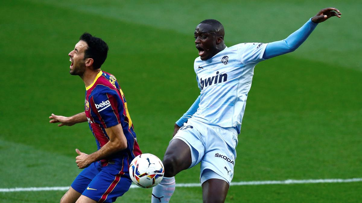 Sergio Busquets Mouctar Diakhaby