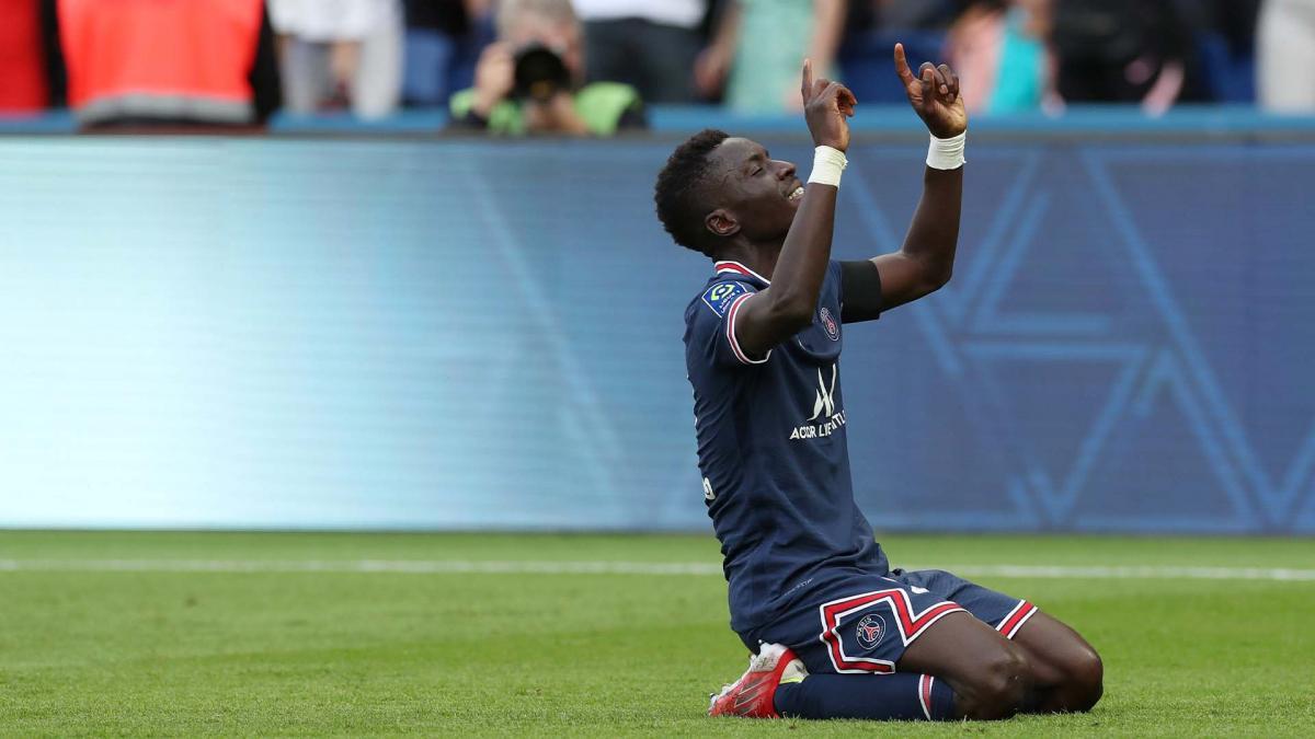 Ligue 1 : le PSG s'impose avant Manchester City, soirée catastrophique pour l'OL