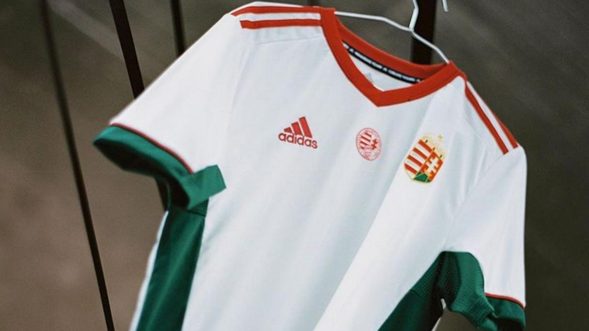Le maillot de la Hongrie.