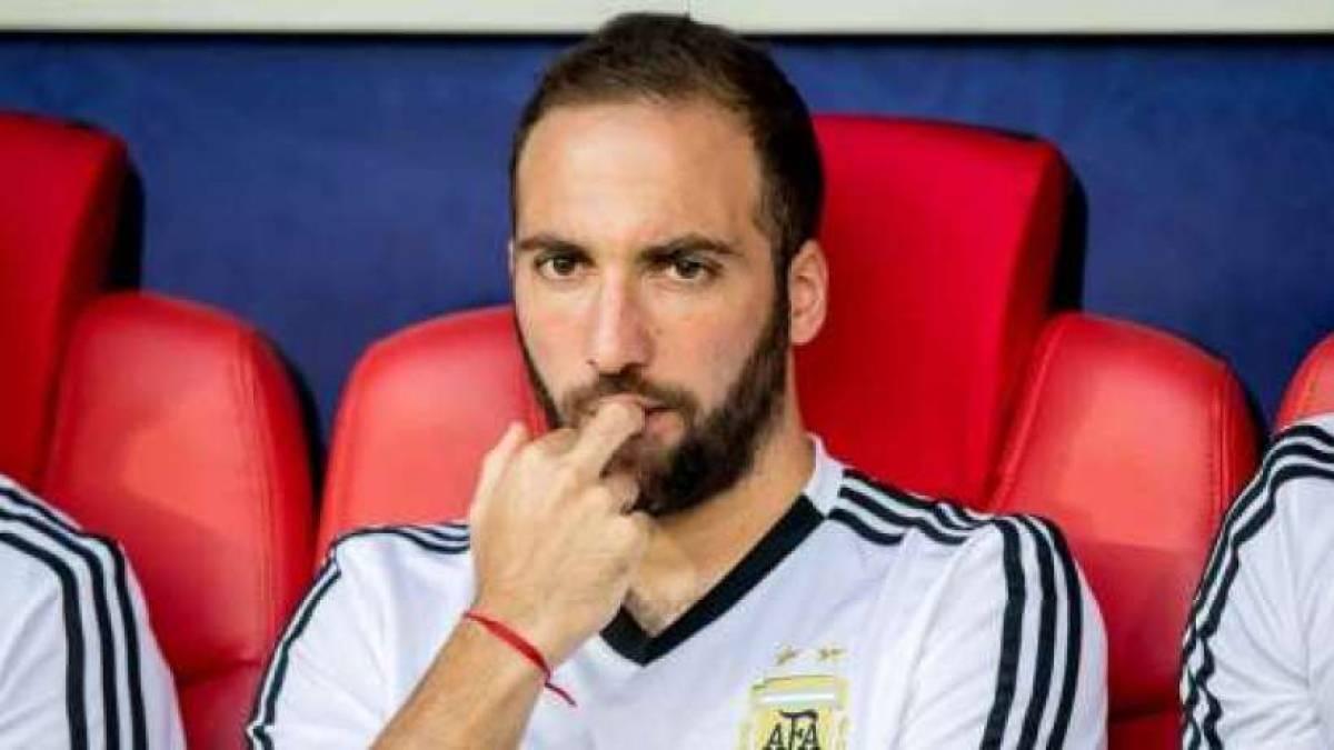 Juventus : Gonzalo Higuain pourrait ne pas rentrer en Italie !