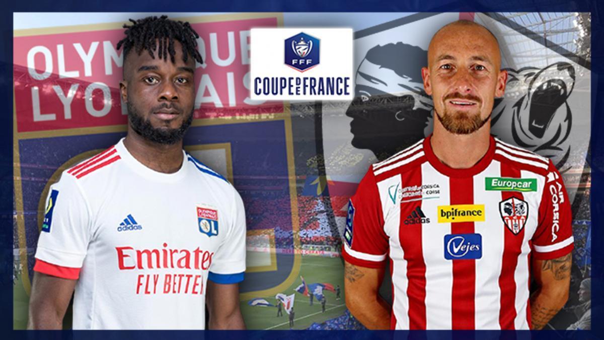 Maxwell Cornet (OL) et Gaëtan Courtet (AC Ajaccio)