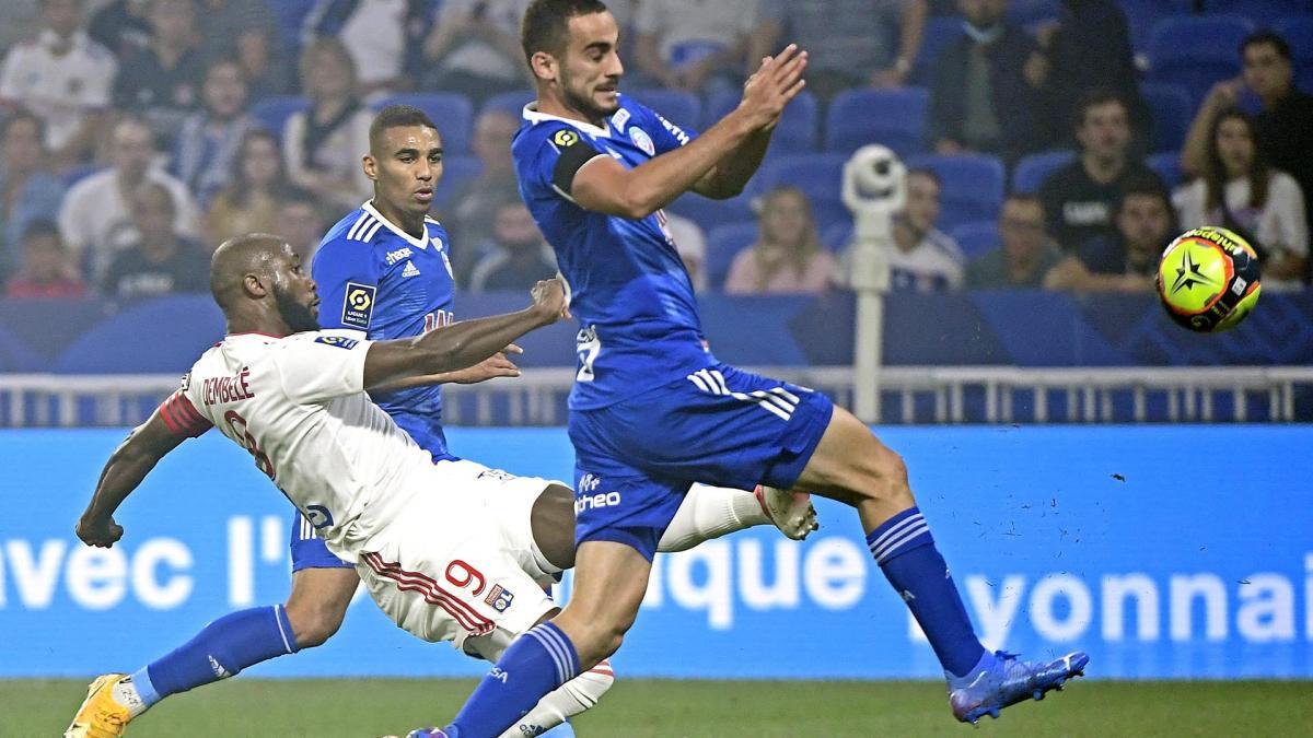 OL : Moussa Dembélé finalement apte face au PSG ?