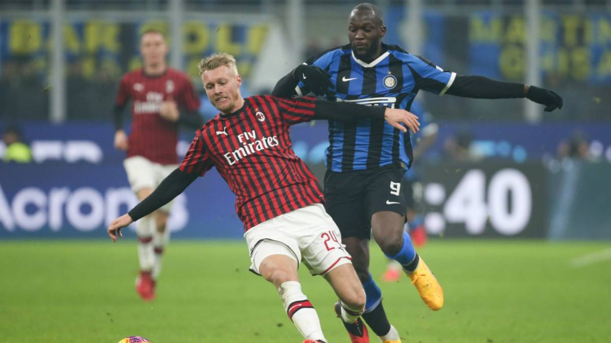 L'AC Milan conserve Simon Kjaer