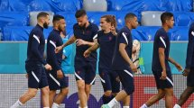 Equipe de France : un trio et des questions