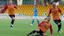 Serie A : Naples renverse Benevento,  Parme arrache le nul contre le Spezia