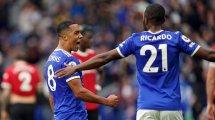 Premier League : Leicester vient à bout de Manchester United, City répond à Liverpool
