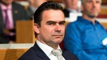 Ajax : Overmars futur directeur sportif du Barça ?