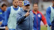 Vidéo : le nouveau geste polémique de Diego Maradona