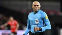 Gaël Angoula : « maintenant, on m'appelle Monsieur l'arbitre »