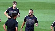 Ligue des Champions : Thomas Meunier et Layvin Kurzawa donnent des maux de tête à la direction du PSG