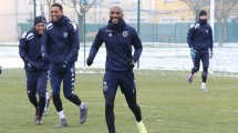 Adama Niane a des touches en France