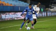 Ligue 2 : l'ESTAC s'impose face à un Le Havre réduit à neuf