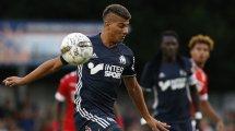 Ajax-Venlo : Zinedine Machach s'est pris le bec avec Devyne Rensch