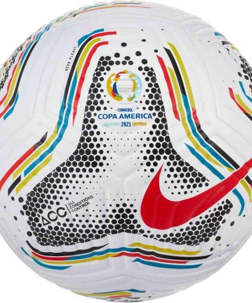 Le ballon de la Copa America 2021 !