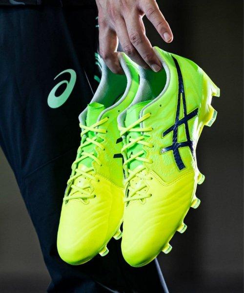 Asics dévoile une nouvelle chaussure signature pour Andrés Iniesta