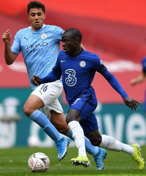 N'Golo Kanté face à Rodri et Manchester City