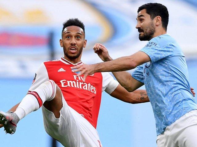 Pierre-Emerick Aubameyang sous le maillot d'Arsenal face à Manchester City !