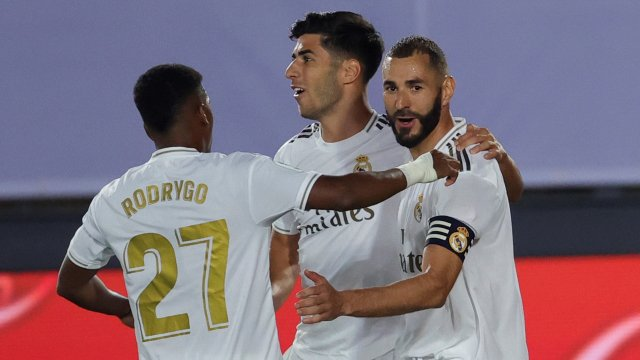 La joie des joueurs du Real Madrid sur le but de Karim Benzema
