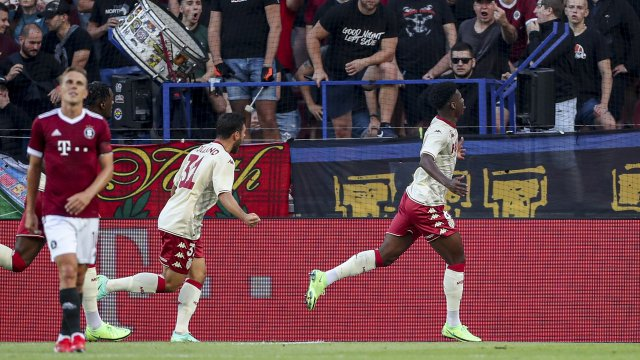Tchouaméni célèbre son but face au Sparta Prague.