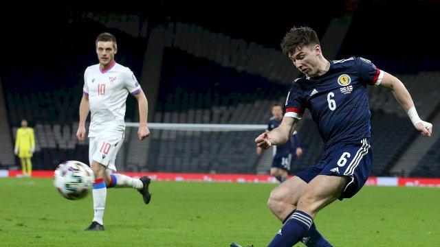 Kieran Tierney sous le maillot écossais