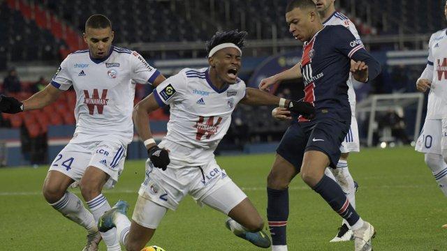 Mohamed Simakan défenseur de Strasbourg