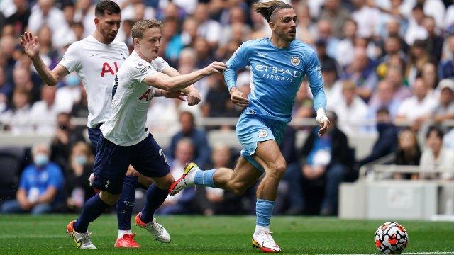 Jack Grealish face à Tottenham