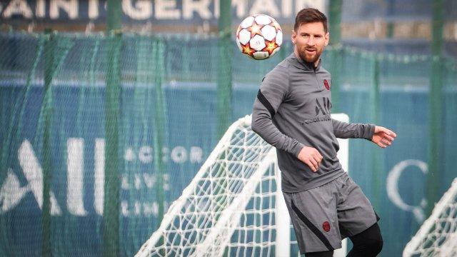 Lionel Messi au Camp des Loges avant le match face au RB Leipzig en Ligue des Champions