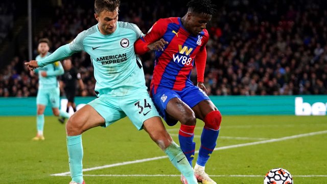 Wilfried Zaha (Palace) face à Joel Veltman (Brighton) en Premier League