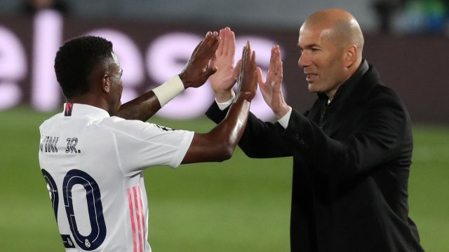 Zinedine Zidane et Vinicius Junior