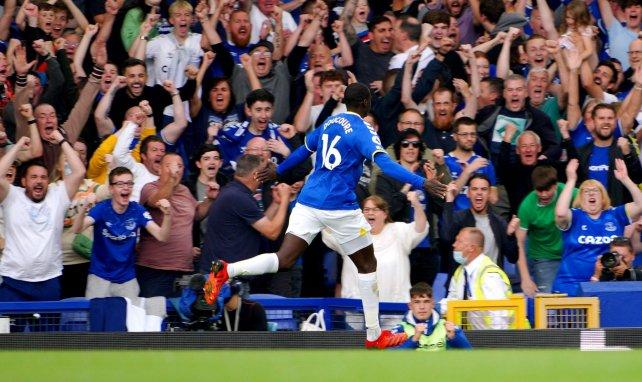 Everton : Abdoulaye Doucouré blessé au pied
