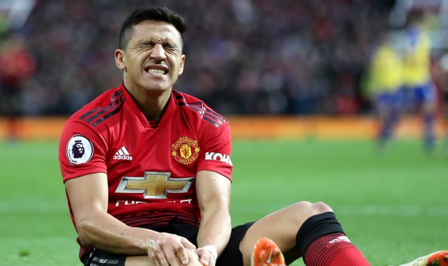 Alexis Sanchez fait la moue à Manchester United