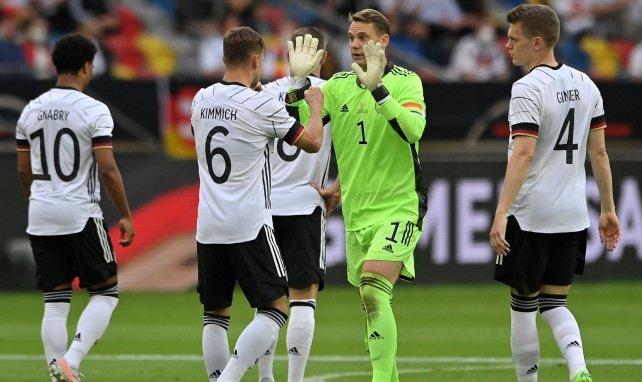 Les Allemands se promènent contre la Lettonie