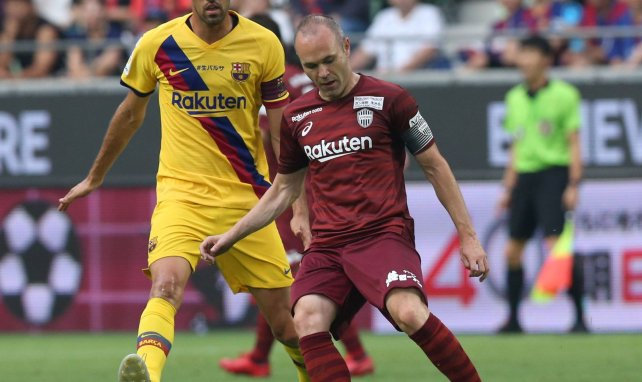Andres Iniesta face à son ancien club du FC Barcelone
