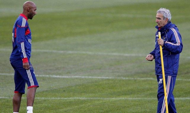Nicolas Anelka à l'entraînement avec Raymond Domenech