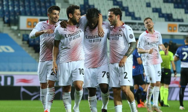 Franck Kessie qui célèbre son but sur penalty face à l'Atalanta