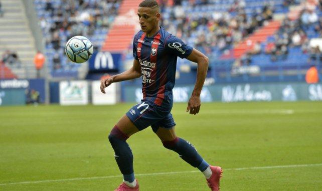 Yacine Bammou sous les couleurs du SM Caen.