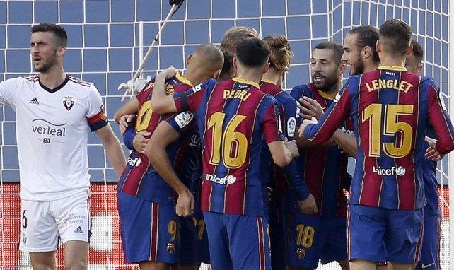 Les joueurs du FC Barcelone célèbrent un but