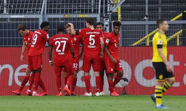 Les joueurs du Bayern Munich célèbrent le but de Joshua Kimmich contre Dortmund