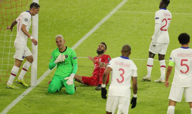 Keylor Navas et Eric Maxim Choupo-Moting lors de Bayern-PSG.