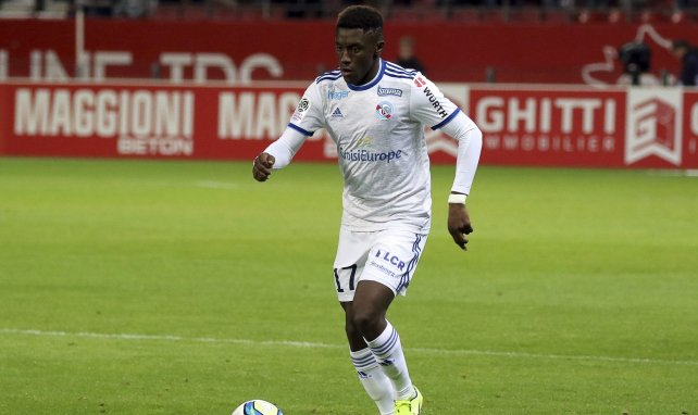 Strasbourg : Jean-Ricner Bellegarde plaît à la Fiorentina et West Ham
