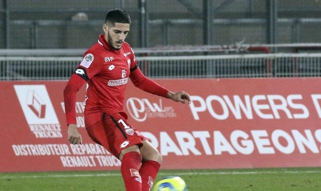 Dijon : Yassine Benzia gravement blessé à la main