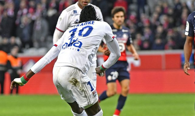 Bertrand Traoré porte le numéro 10 à l'OL