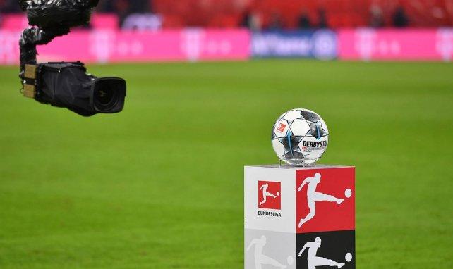 Le ballon de la Bundesliga avant un match
