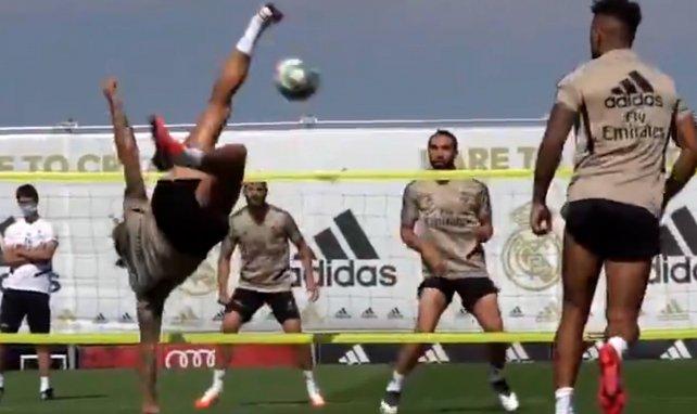 Vidéo : la belle bicyclette de Sergio Ramos à l'entraînement du Real Madrid