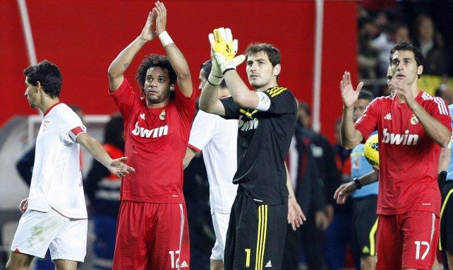 Lionel Messi rend hommage à Iker Casillas