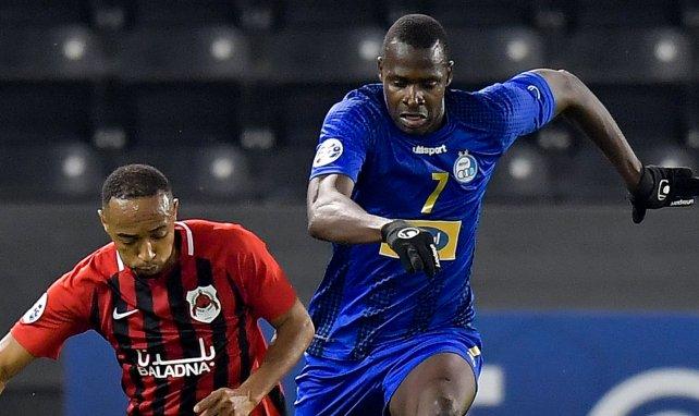 Cheick Diabaté sous le maillot d'Esteghlal