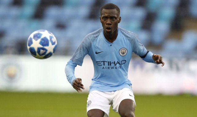Exclu FM, Manchester City : deux clubs en lice pour relancer le milieu français Claudio Gomes