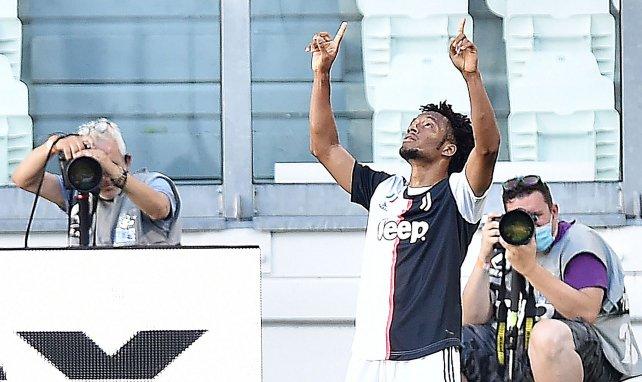 Juan Cuadrado célèbre son but dans le derby contre le Torino
