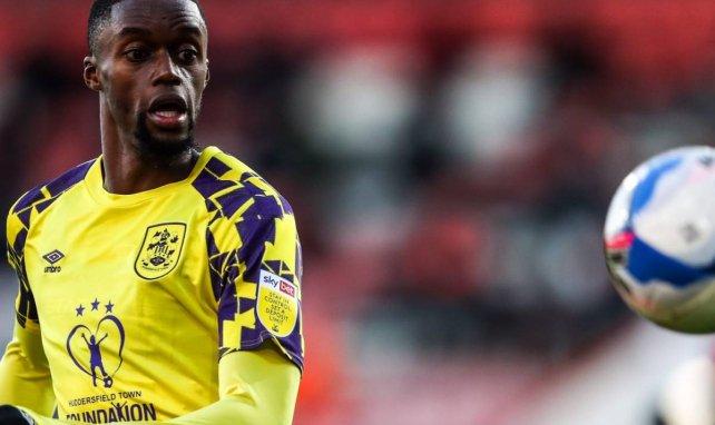Adama Diakhaby sous les couleurs d'Huddesfield United